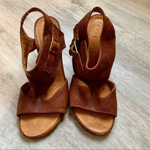 Chie Mihara Leather Block Heel Sandals, Size 36